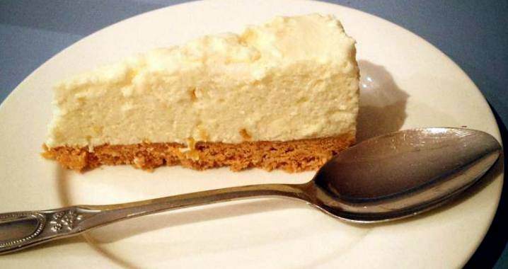 thermomix-eggwhite-lemon-cheesecake-no-bake